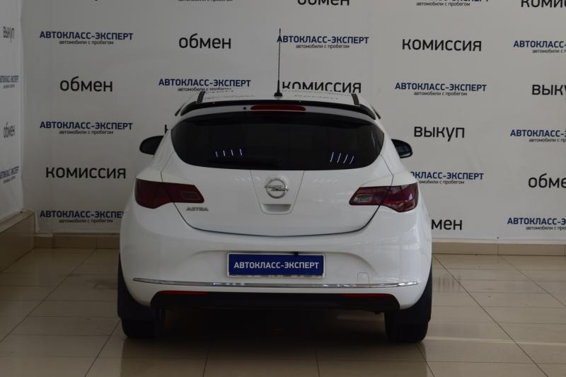 Opel Astra 1.6 MT (115 л. с.)