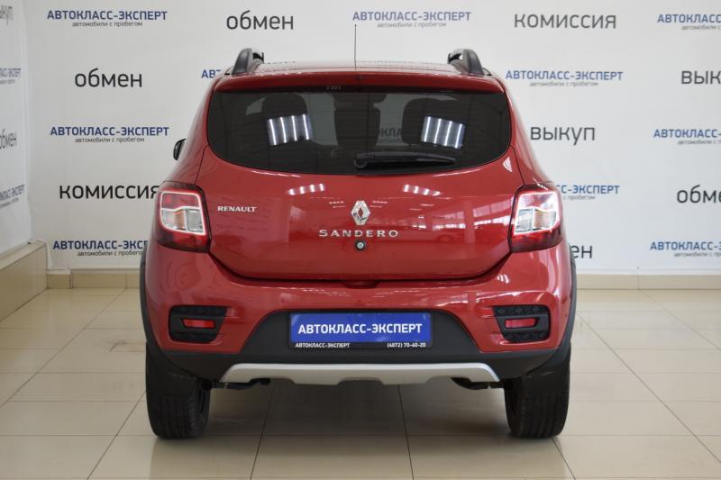 Renault Sandero Stepway 1.6 MT (102 л. с.)
