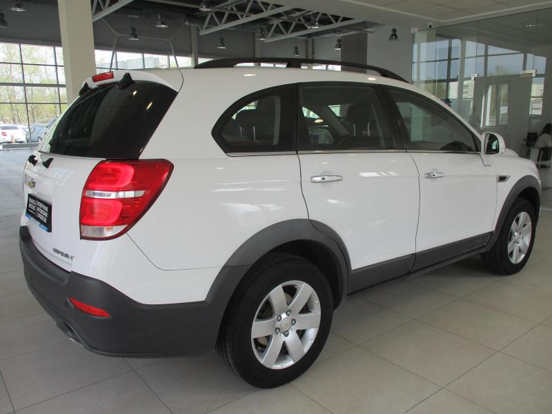 Chevrolet Captiva 2.4 AT AWD (5 мест) (167 л. с.)
