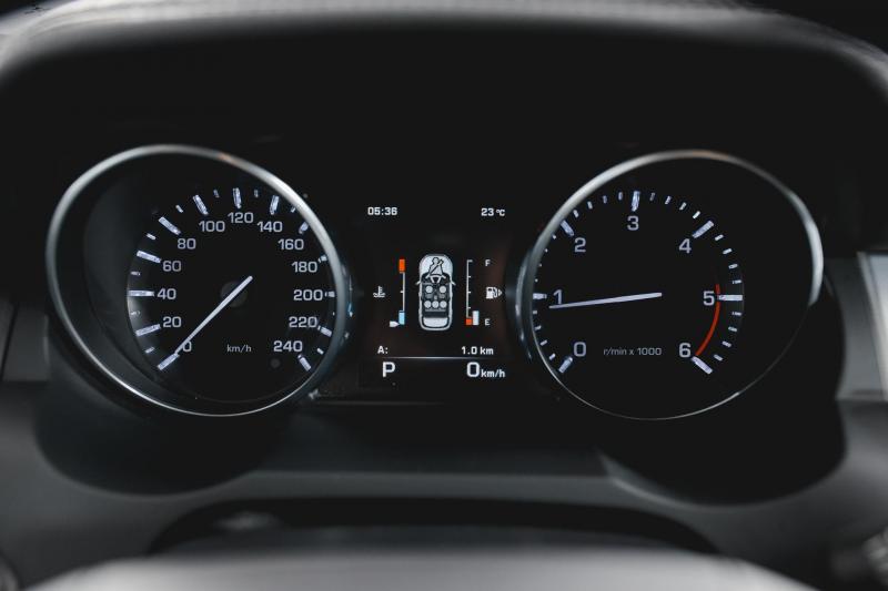 Land Rover Range Rover Evoque 2.2 SD4 9AT (190 л. с.)