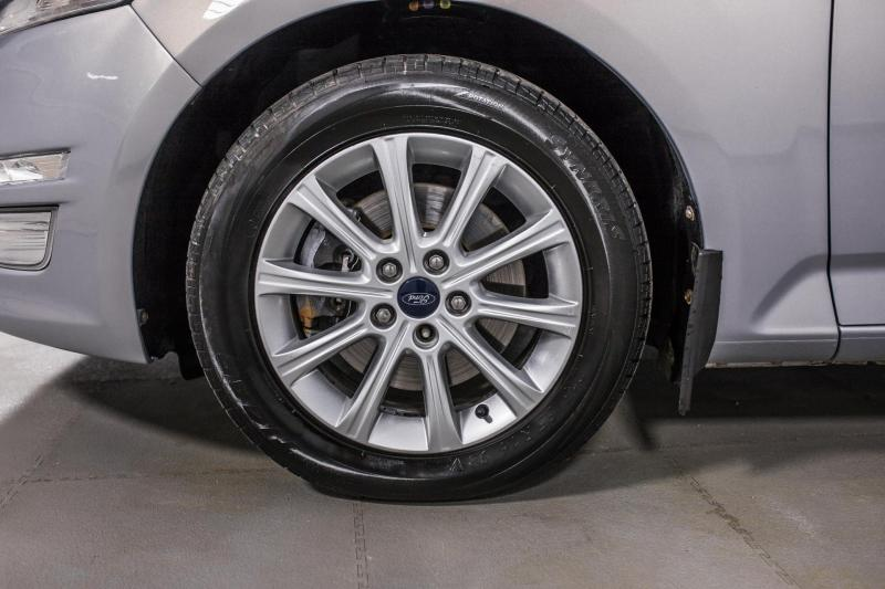 Ford Mondeo 2.0 Duratorq TDCi AT (140 л. с.)