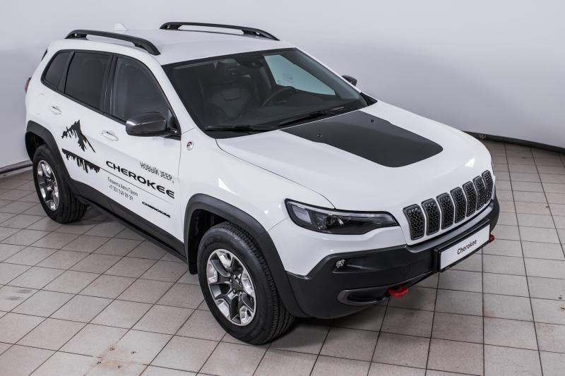 Jeep CHEROKEE 3.2 AT AWD (272 л.с.) TRAILHAWK