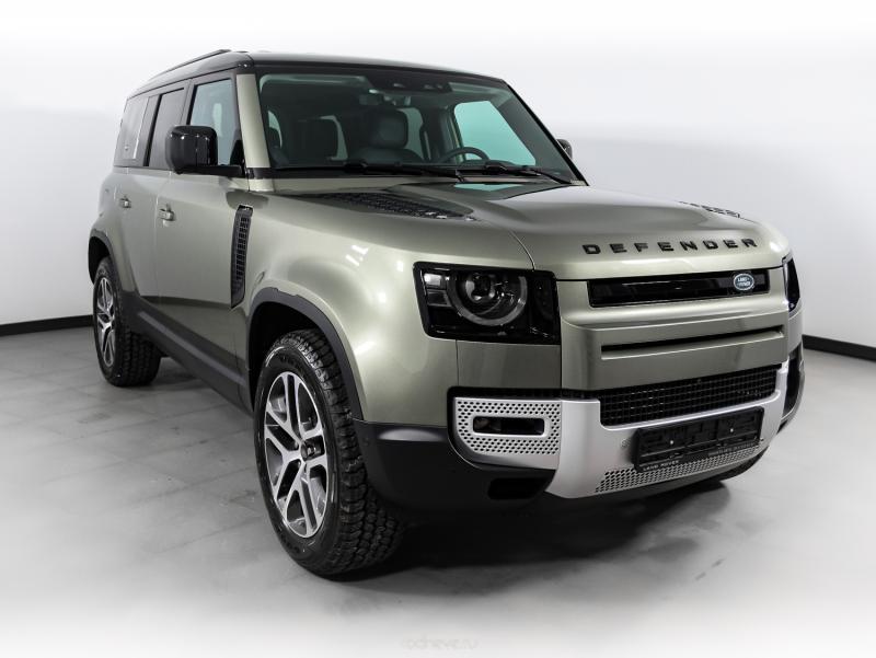 Land Rover Defender 2,0 (200 л.с.) турбо дизель SE