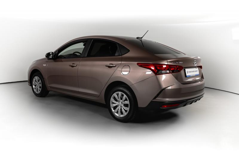 Hyundai Solaris 1.6 AT (123 л.с.)