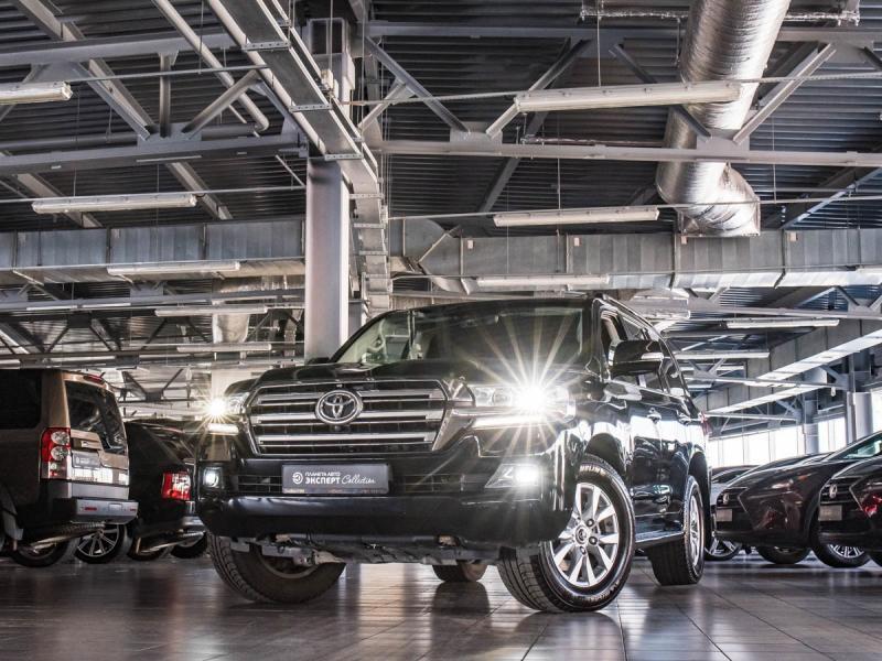 Toyota Land Cruiser 4.5 TD AT (249 л. с.)