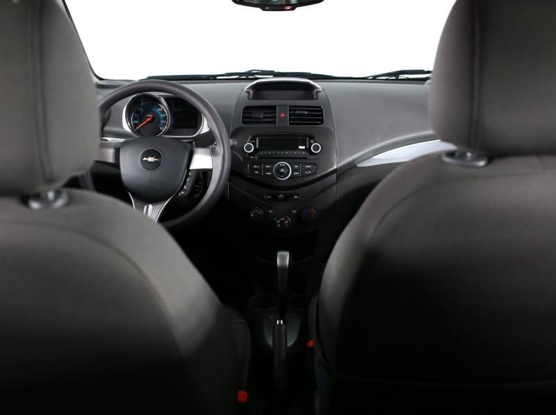 Chevrolet_UZ Spark 1.2 AT (85 л. с.) LT