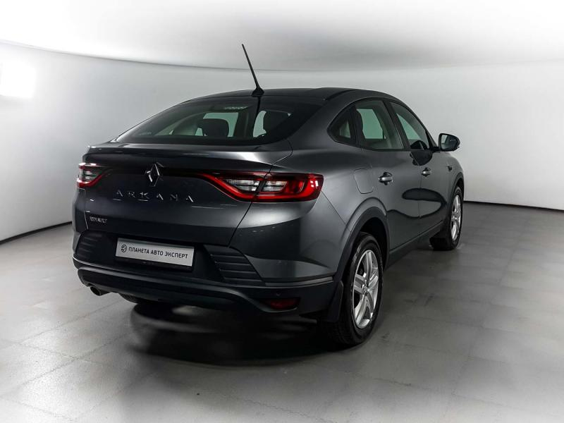 Renault Arkana 1.6 MT (114 л.с.)
