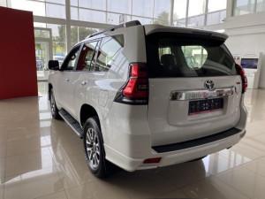 Toyota Land Cruiser Prado 4.0 AT (249л.с.) 4WD TRD 6E Тойота Центр Бишкек Бишкек